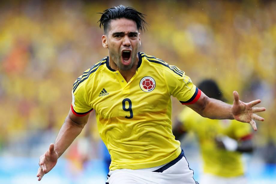 Falcao, da Colômbia, comemora gol contra o Brasil, pelas Eliminatórias da Copa da Rússia, em Barranquilla