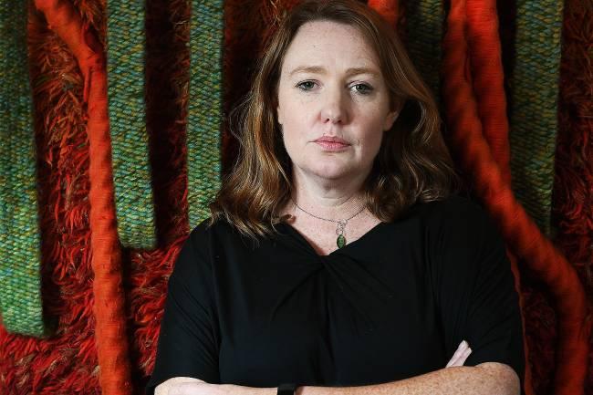 A escritora britânica Paula Hawkins