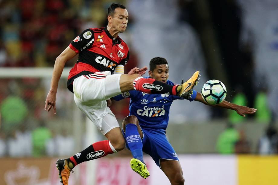 Lance na partida entre Flamengo e Cruzeiro, pelo primeiro jogo da final da Copa do Brasil,no Maracanã