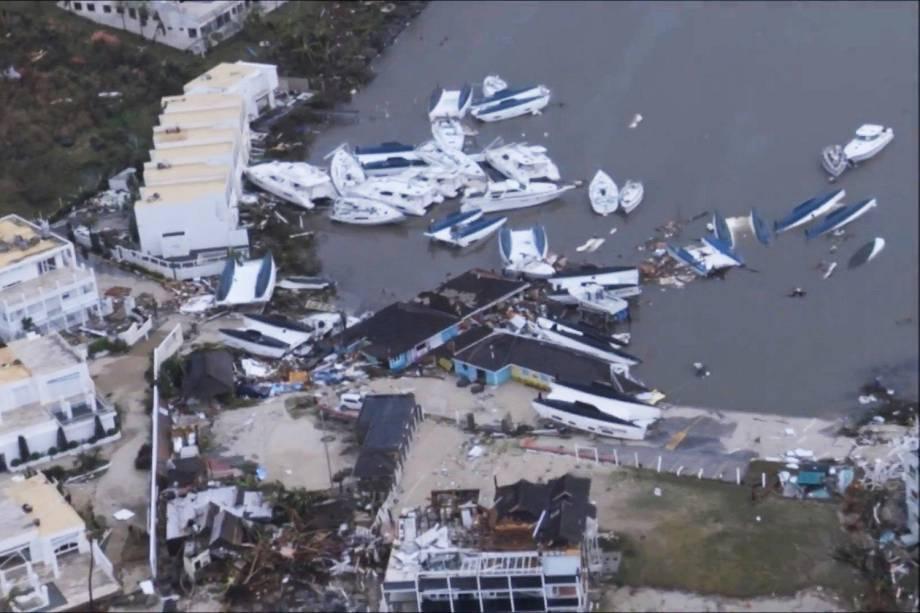 Destruição na Ilha de Saint Martin, no Caribe, após passagem do Irma - 07/06/2017