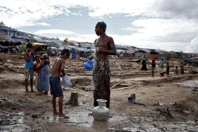 Campo de refugiados rohingyas em Bangladesh
