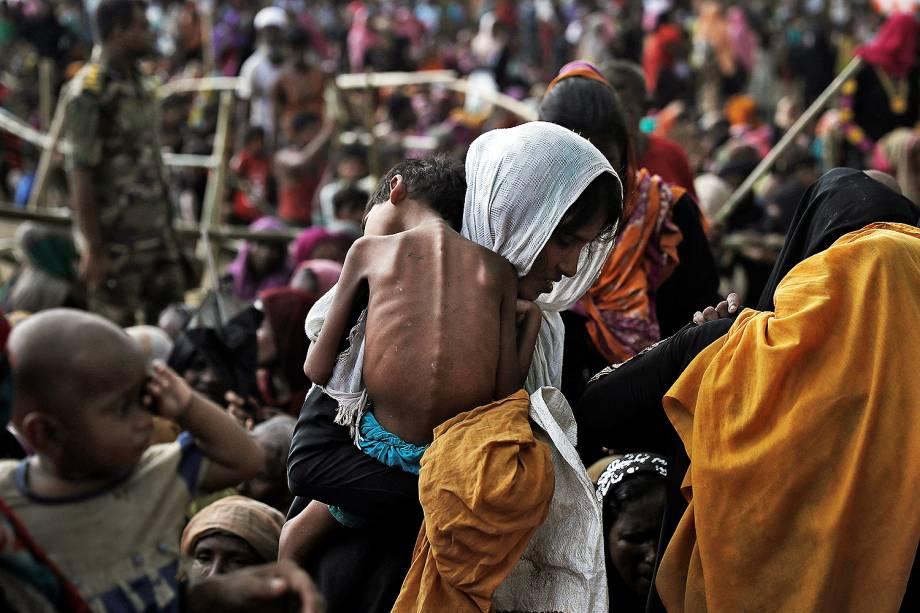 Cerca de 400 mil refugiados rohingya fugiram para Bangladesh desde o final de agosto durante o surto de violência no estado de Rakhine, em Mianmar - 26 /09/2017