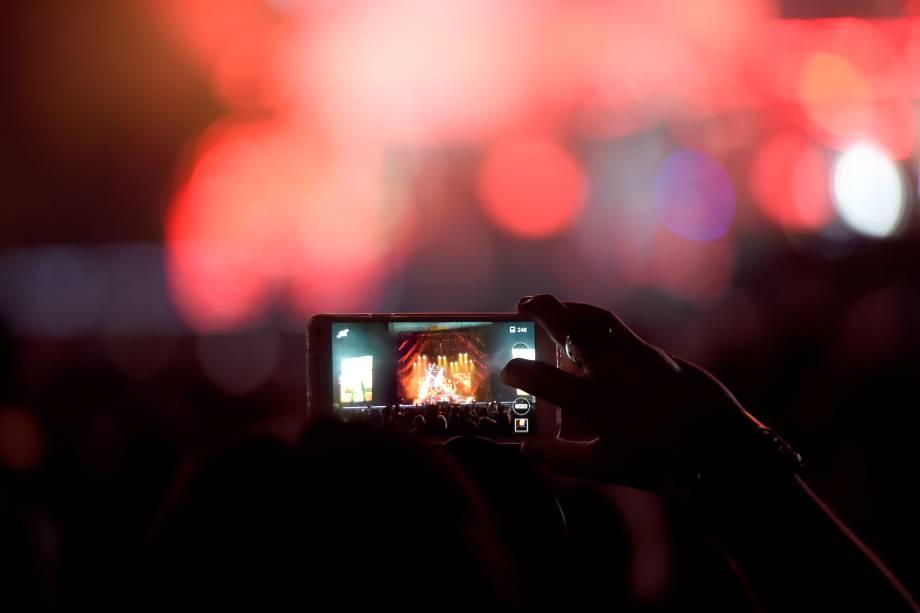 Público curte show da banda Guns'n'Roses, durante quarto e último dia do festival São Paulo Trip