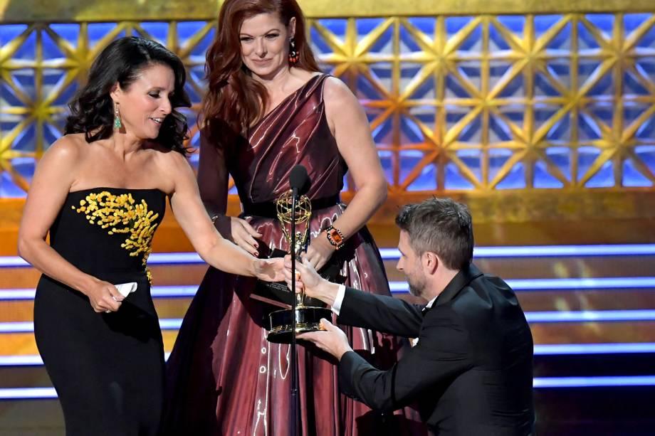 Julia Louis-Dreyfus na 69º premiação Emmy Awards, em Los Angeles - 17/09/2017