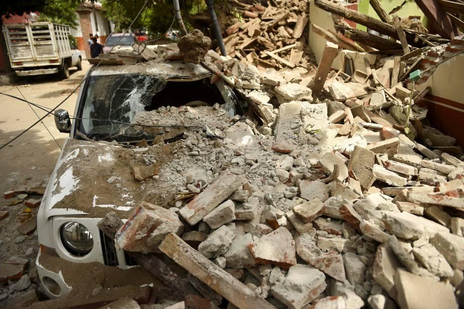 Na madrugada desta sexta-feira um terremoto de 8,2 graus atingiu a costa do Pacifico, no México, segundo as autoridades locais pelo menos 58 pessoas foram mortas