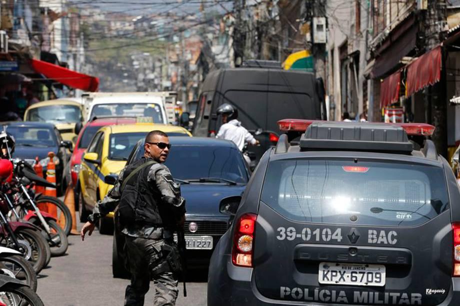 Batalhão de Choque faz operação no Morro do São Carlos no Rio de Janeiro- 19/09/2017
