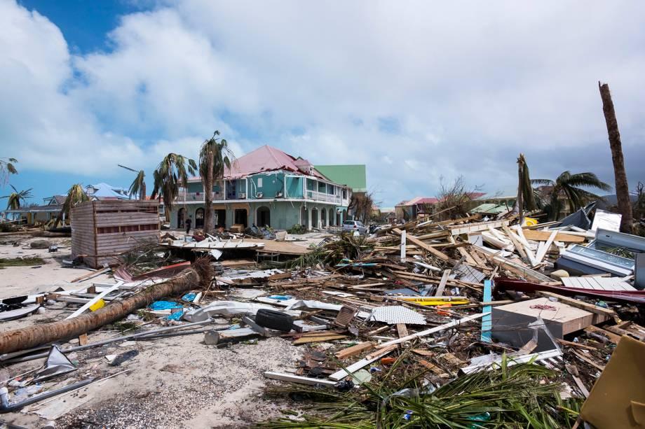 Danos causados em Orient Bay em Saint-Martin, após a passagem do furacão Irma - 07/09/2017