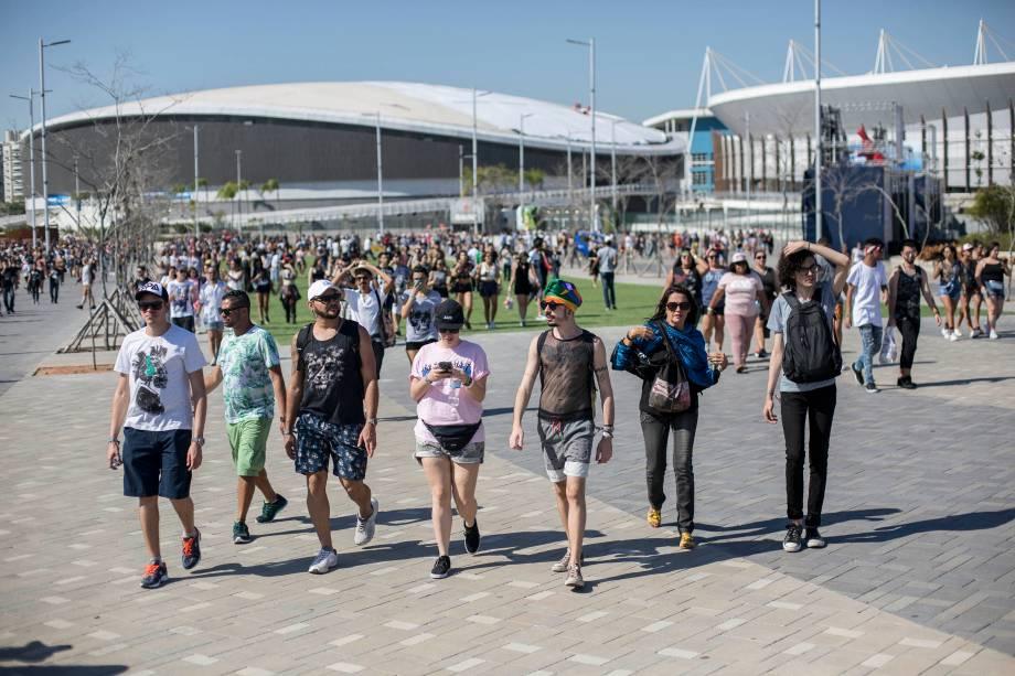 Movimentação do público no primeiro dia do Rock in Rio no Parque Olímpico no Rio de Janeiro - 15/09/2017