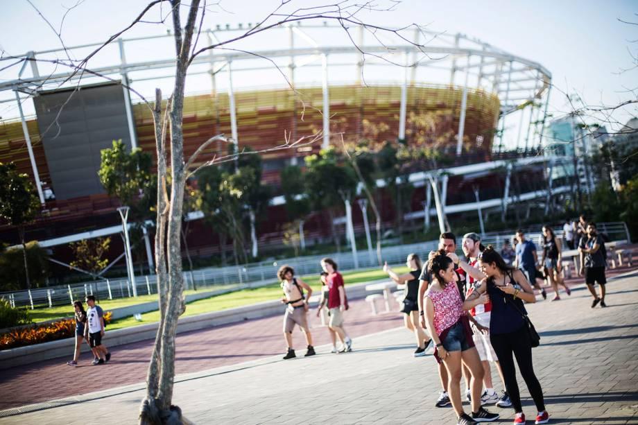Movimentação de pessoas no Rock in Rio, o quarto dia do festival realizado no Parque Olímpico, na Barra da Tijuca, zona oeste da cidade - 21/09/2017