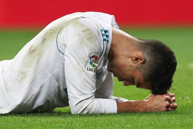 Cristiano Ronaldo do Real Madrid decepcionado após perder para o Real Betis – 20/09/2017