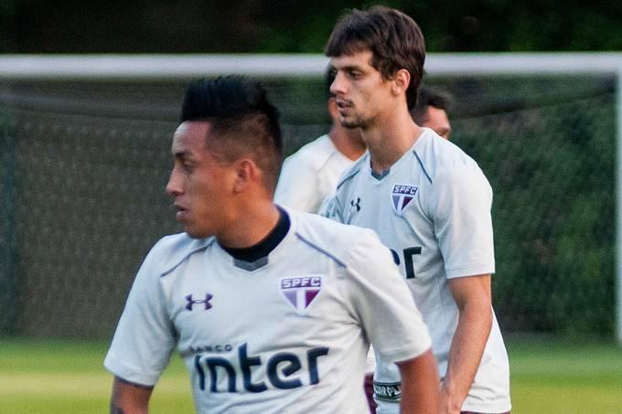 Rodrigo Caio e Cueva