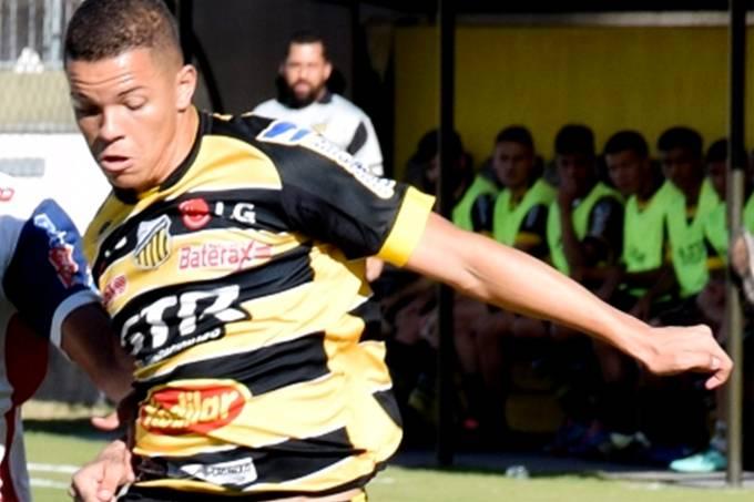O atacante Rodrigo do Grêmio Novorizontino