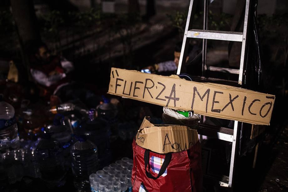 Terremoto de 7,1 graus deixa vários mortos no México - 20/09/2017