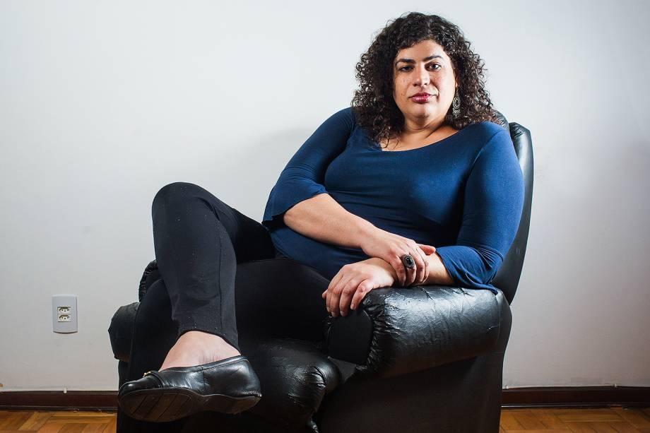 A professora de filosofia e militante Luiza Coppieters, de 38 anos