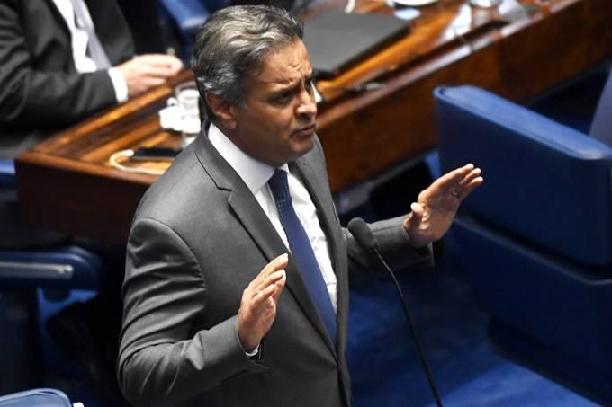 O senador Aécio Neves (PSDB-MG) fala np plenário do Senado Federal, em Brasília – 18/10/2017