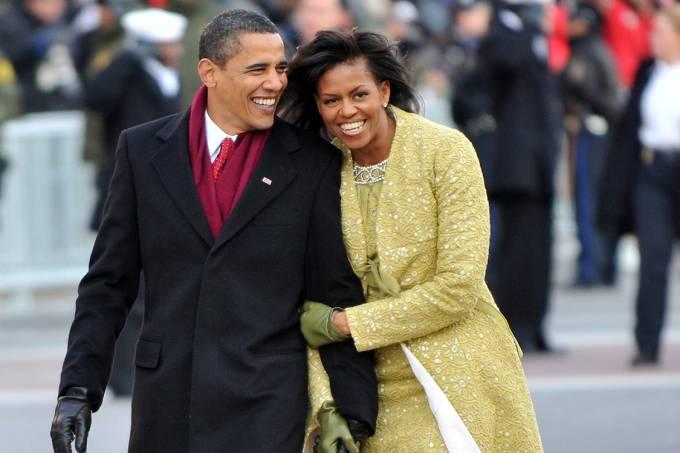 Presidente Barack Obama e a primeira-dama Michelle Obama durante cerimônia de posse, em Washington – 20/01/2009