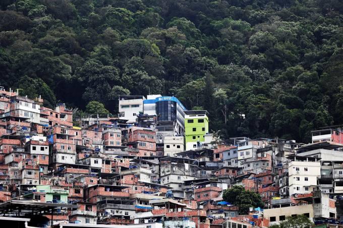 Unidade de Polícia Pacificadora (UPP) na favela da Rocinha, no Rio de Janeiro