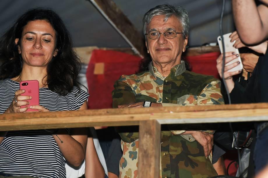 Marina Person e Caetano Veloso no acampamento do MTST, em São Bernardo do Campo - 30/10/2017