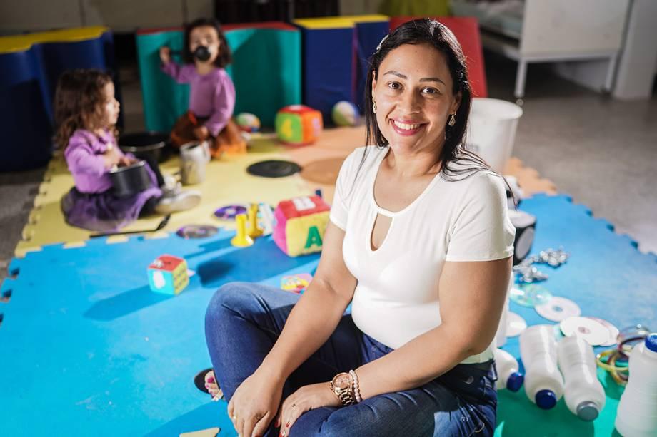 Denise Rodrigues de Oliveira, finalista do prêmio Educador Nota 10