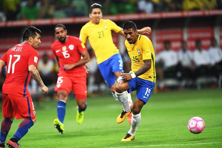 Paulinho do Brasil marca o gol contra o Chile, válida pela 18ª rodada (última) das Eliminatórias Sul-Americanas da Copa de 2018 (Rússia) no Allianz Parque, em São Paulo (SP) - 10/10/2017