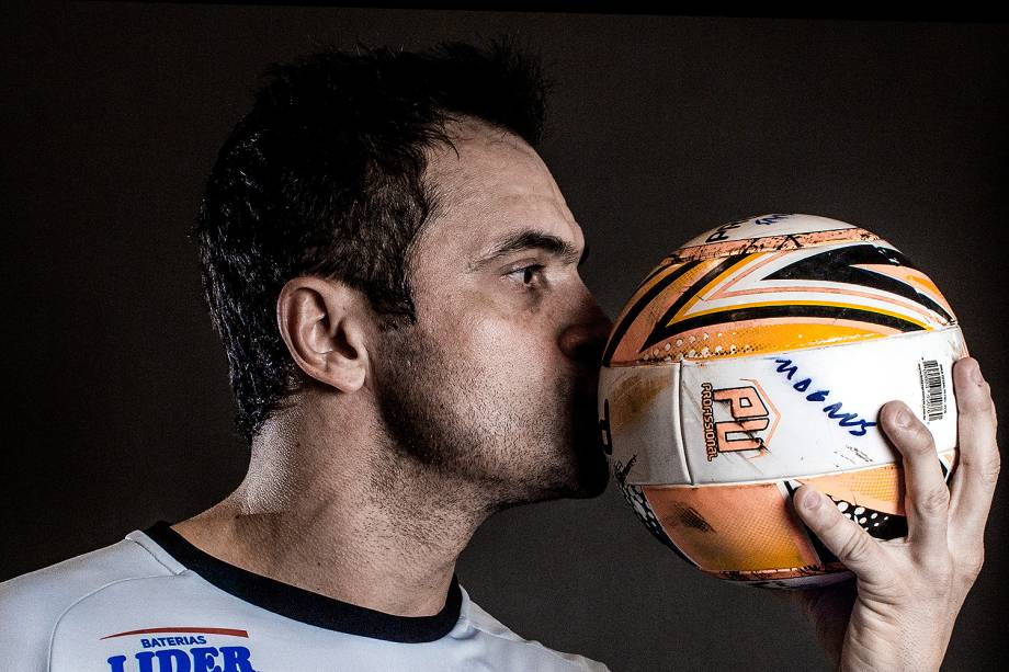 Falcão, 40 anos, o maior ídolo do futsal mundial