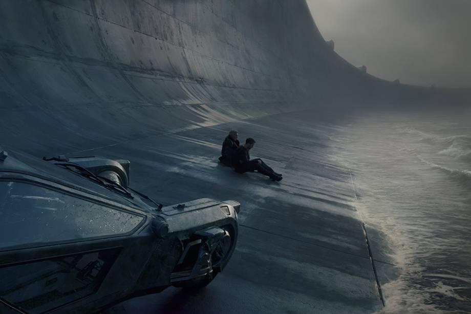 Ryan Gosling e Harrison Ford em 'Blade Runner 2049'