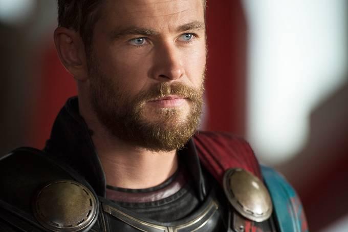 Thor: Ragnarok um filme do diretor Taika Waititi com Chris Hemsworth, Tom Hiddleston, Cate Blanchett, Idris Elba