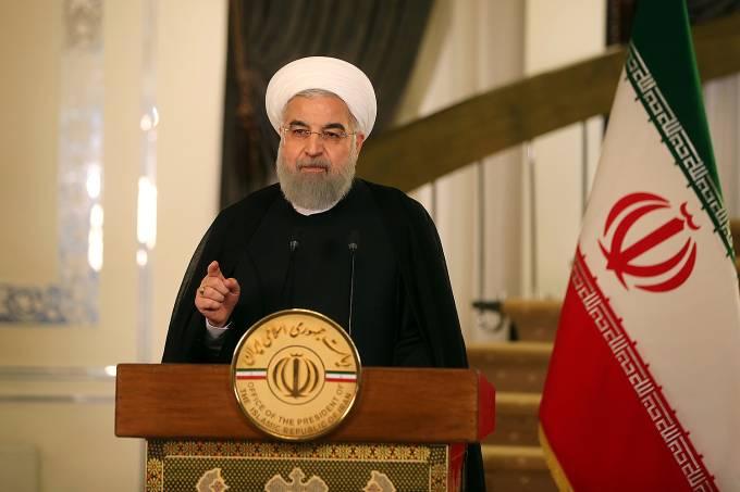 O presidente do Irã, Hassan Rouhani durante pronunciamento – 13/10/2017