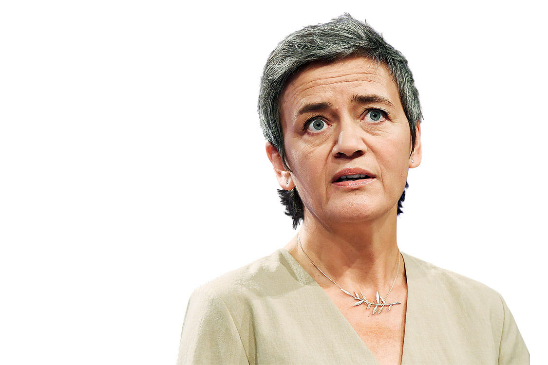 EU Commissioner for Competition Margrethe Vestager addresses a press conference on two state aid cases at the European Commission in Brussels on October 4, 2017. The EU turned the screw on US tech giants on October 4, ordering Amazon to repay Luxembourg 250 million euros in back taxes and referring Ireland to the top EU court for failing to collect billions from Apple. / AFP PHOTO / EMMANUEL DUNAND