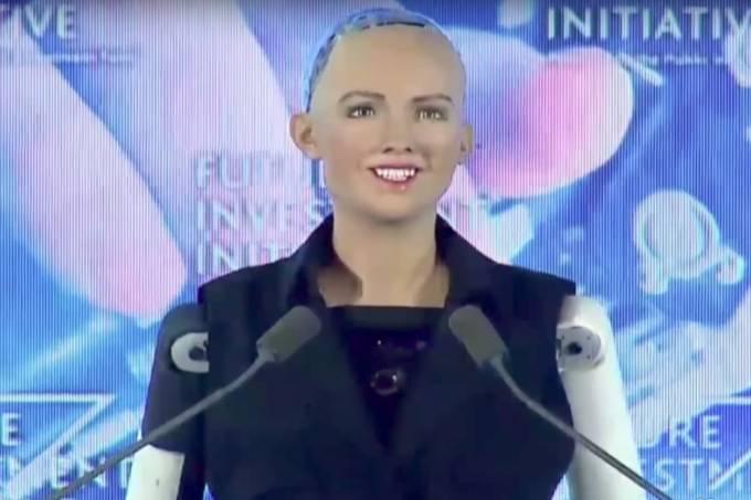 Robô Sophia ganha cidadania na Arábia Saudita