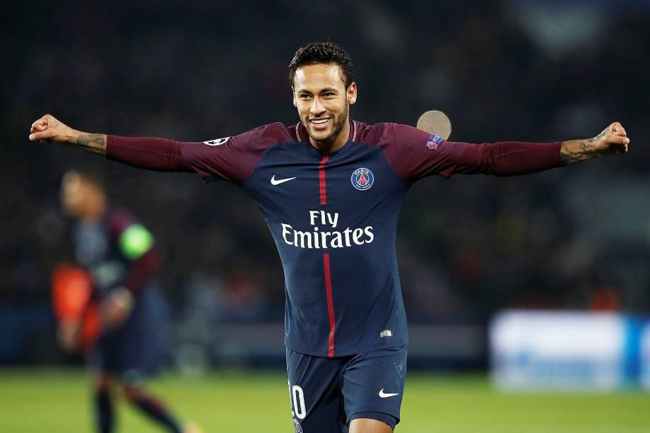 Neymar comemora o gol marcado na vitória do PSG sobre Anderlecht pela Liga dos Campeões - 31/10/2017