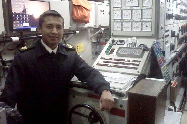 Com 33 anos de idade, o cabo principal Franco Javier Espinoza faz parte da tripulação do San Juan há cinco anos. É pai de uma menina de 5 anos