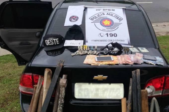 Polícia Militar prende torcedores armados do Corinthians
