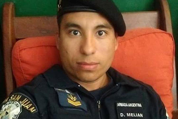 O cabo David Alonso Melián, de 30 anos, entrou na Marinha há oito anos. É natural de El Bobadal, em Santiago del Estero, no norte da Argentina