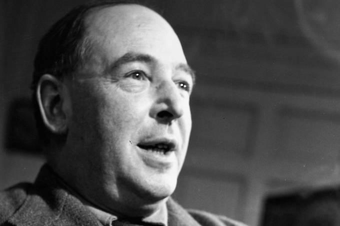 O escritor britânico C.S. Lewis, em 1950
