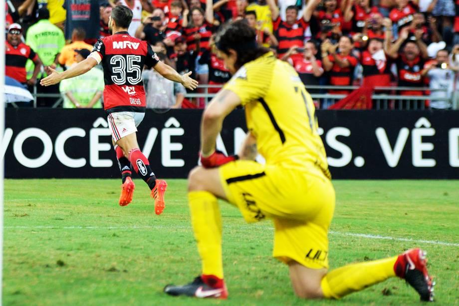 Diego, jogador do Flamengo, comemora gol durante partida contra o Corinthians - 19/11/2017