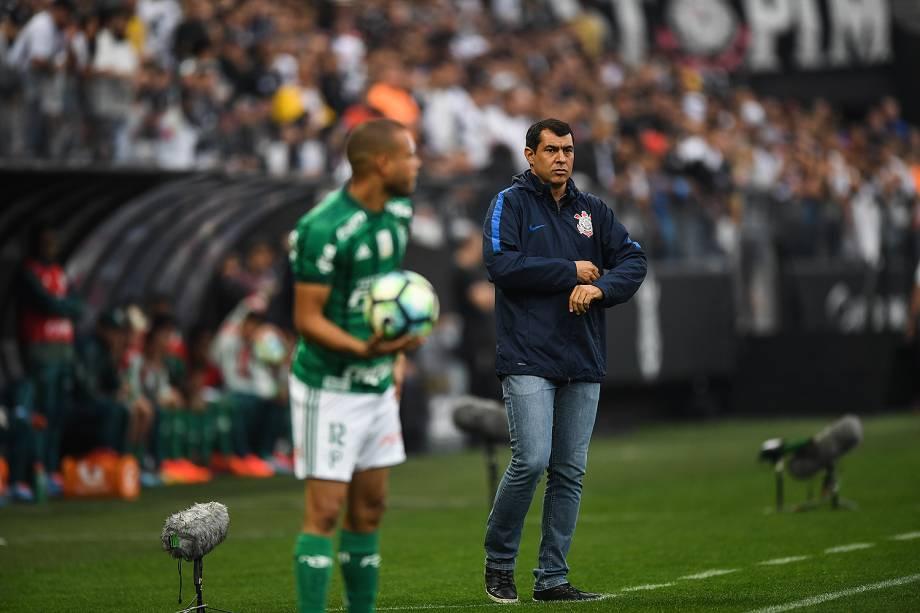 Fábio Carille durante o jogo entre Corinthians e Palmeiras realizado no Arena Corinthians, Zona Leste de São Paulo. O Derby é válido pela 32ª rodada do Brasileirão 2017 - 05/10/2017
