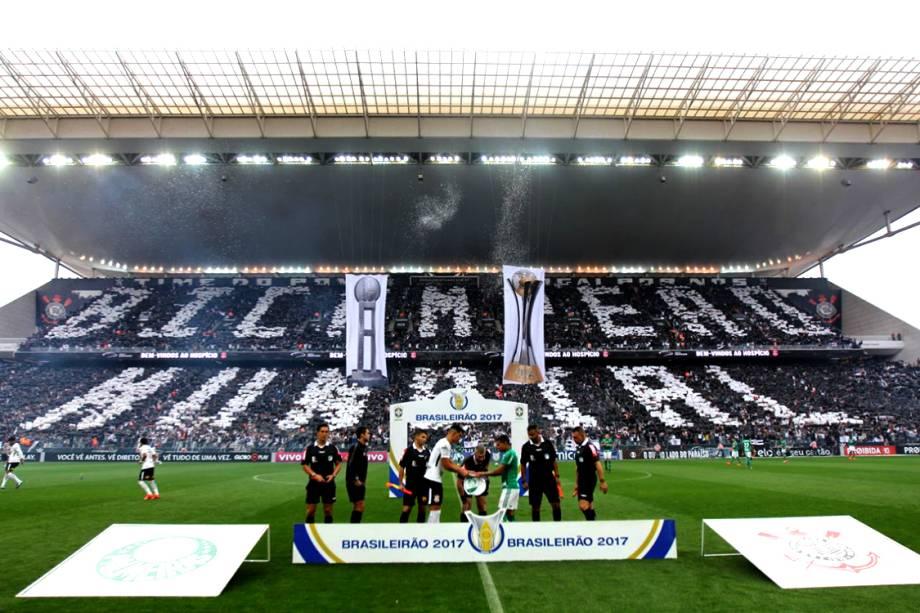 Corinthians e Palmeiras se enfrentam em clássico válido pelo Campeonato Brasileiro 2017, na Arena Corinthians em São Paulo