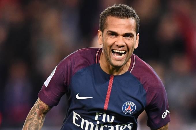 Daniel Alves, do Paris Saint-Germain
