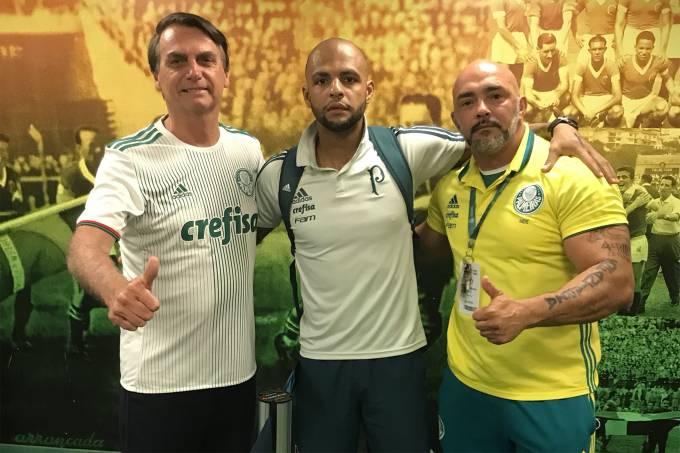 Felipe Melo posta foto com Jair Bolsonaro