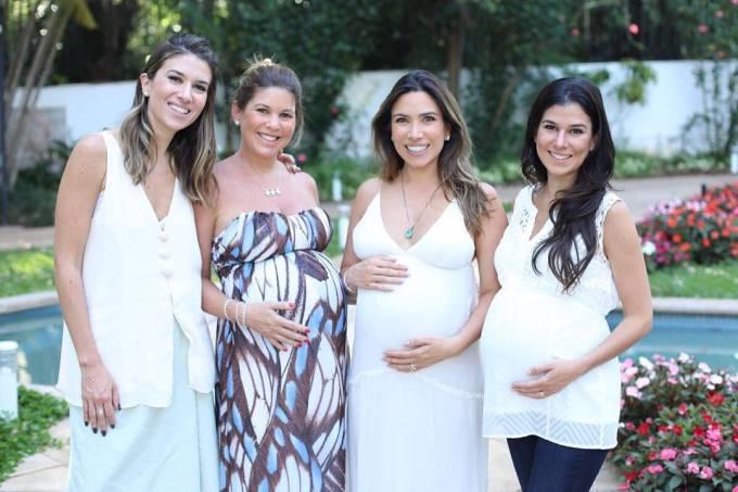 Quatro das seis filhas de Silvio Santos: Rebeca, Daniela, Patrícia e Renata
