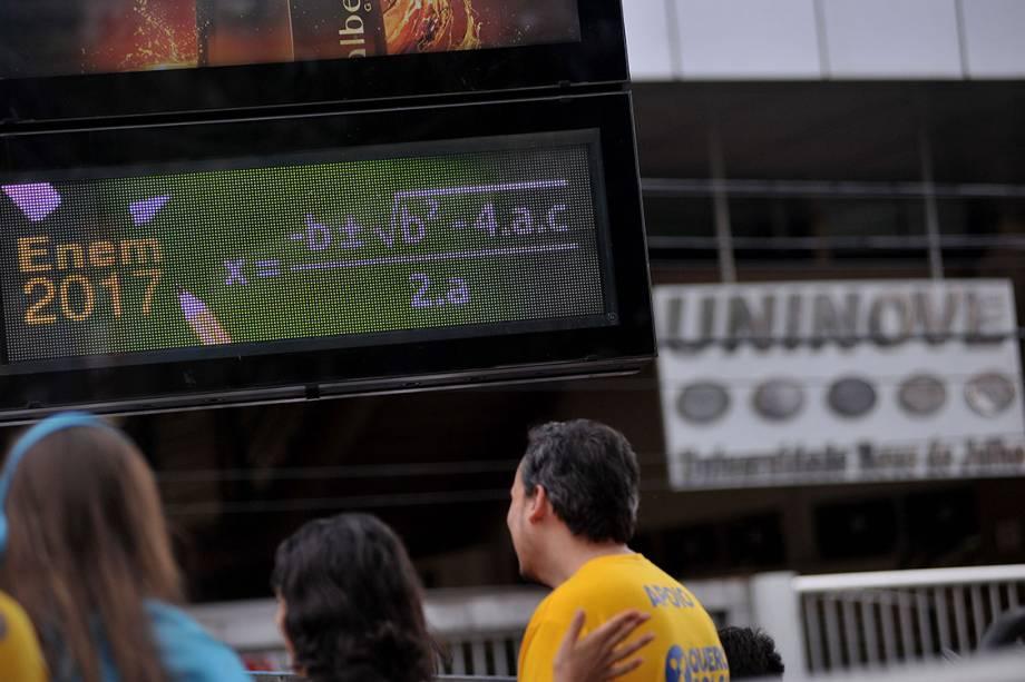 Estudantes se preparam para realização da prova do ENEM, no campus da Uninove Barra Funda, em São Paulo