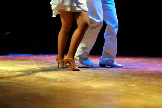Motorola_Dança