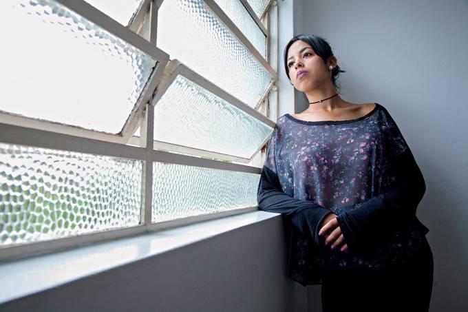 """Medo do futuroTalita, 18 anos, grávida de dois meses: """"Sonhava com uma carreira, mas agora tudo mudou"""""""