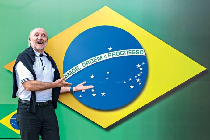 """Antenas para o futuro – Donner e a bandeira redesenhada: um novo símbolo para """"o Brasil acordar"""""""