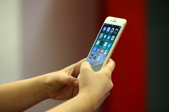 Telefone Celeular – iPhone 8 – Economia