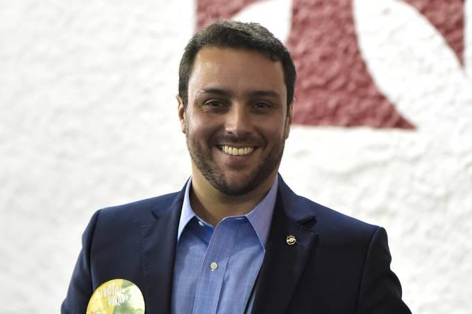 O presidenciável do Vasco, Júlio Brant, durante as eleições do clube, no Rio