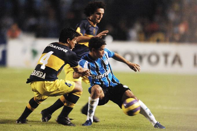 Lance na partida entre Grêmio e Boca Juniors, na final da Copa Libertadores, em Porto Alegre