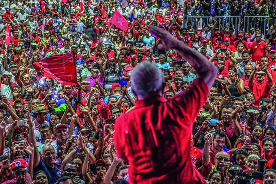 Da infância à prisão: a trajetória de Lula em fotos | VEJA