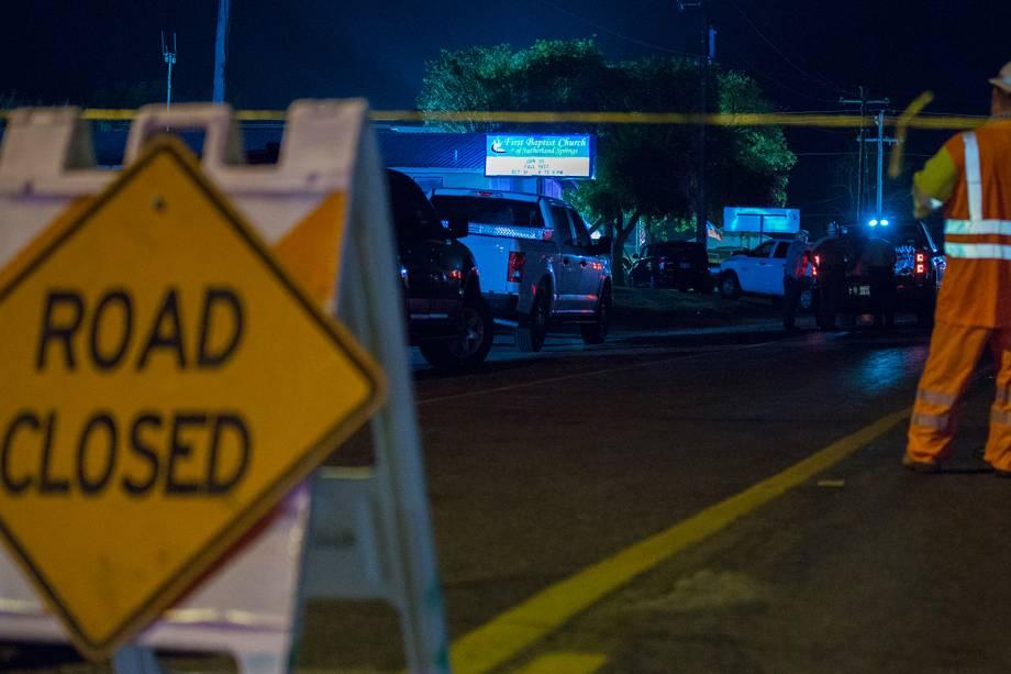 Ao menos 26 pessoas morreram após massacre na Primeira Igreja Batista em Sutherland Springs, no estado americano do Texas - 05/11/2017